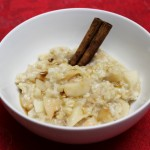 Overnight Crock-pot Cinnamon-Apple Oatmeal