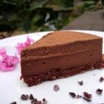{Recipe} Chocolate Truffle Cake (Raw, Vegan, Paleo, Gluten Free)