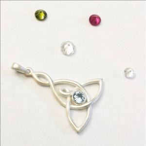 pendant with stones