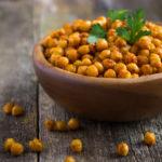 {Recipe} Easy Crunchy Roasted Chickpeas {Vegan, Gluten Free}