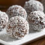 {Recipe} Easy Chocolate Coconut Macaroons {Raw, Vegan, Gluten Free, Paleo}