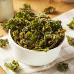 {Recipe} Sour 'Cream' n' Onion Kale Chips {Raw, Vegan, Gluten Free}